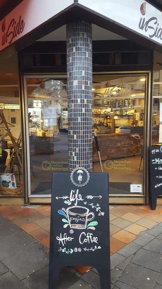 Eingang inSide Cafe